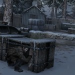 1406532245 joel crouches behind crate 150x150 the last of us